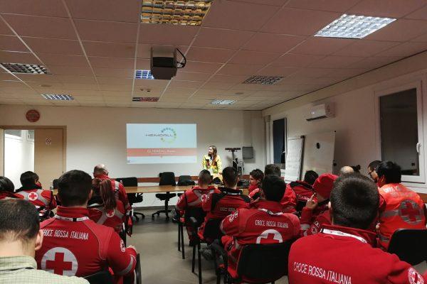 Preparación del simulacro de Búsqueda y Rescate Urbano en accidente geológico organizado y dirigido por la Cruz Roja italiana en Milán